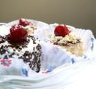 Мини тортички с вишни и банан