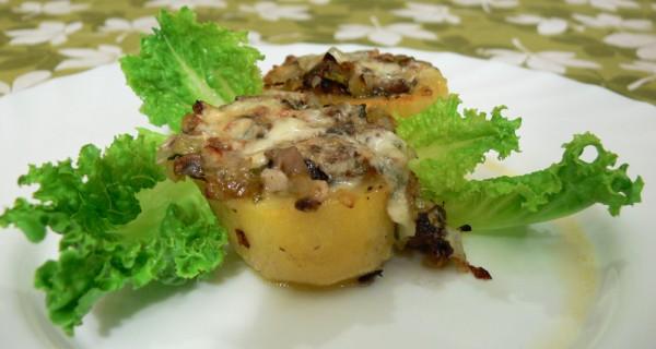 Пълнени картофи с лук и гъби